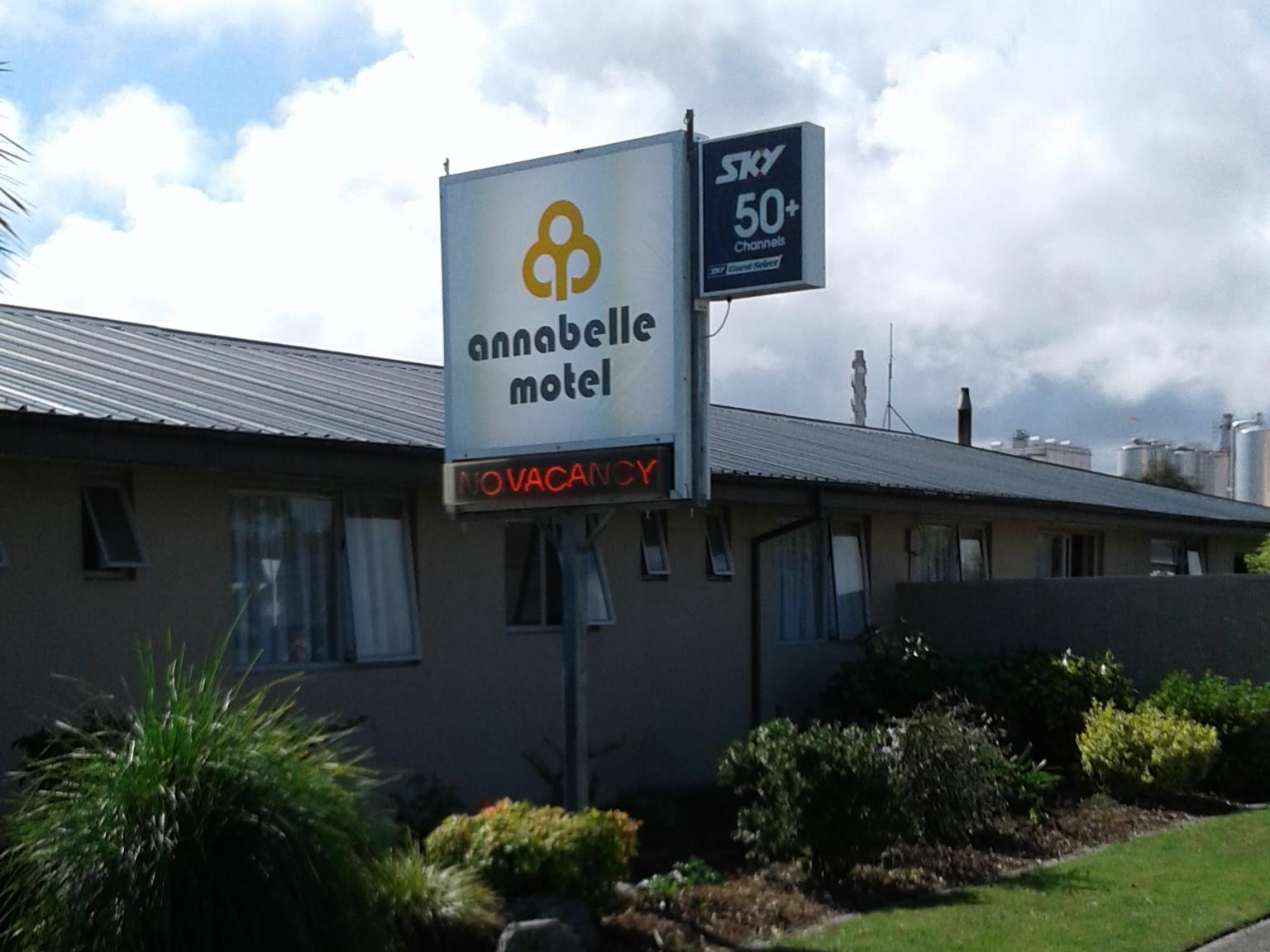 Annabelle Motel, Westland