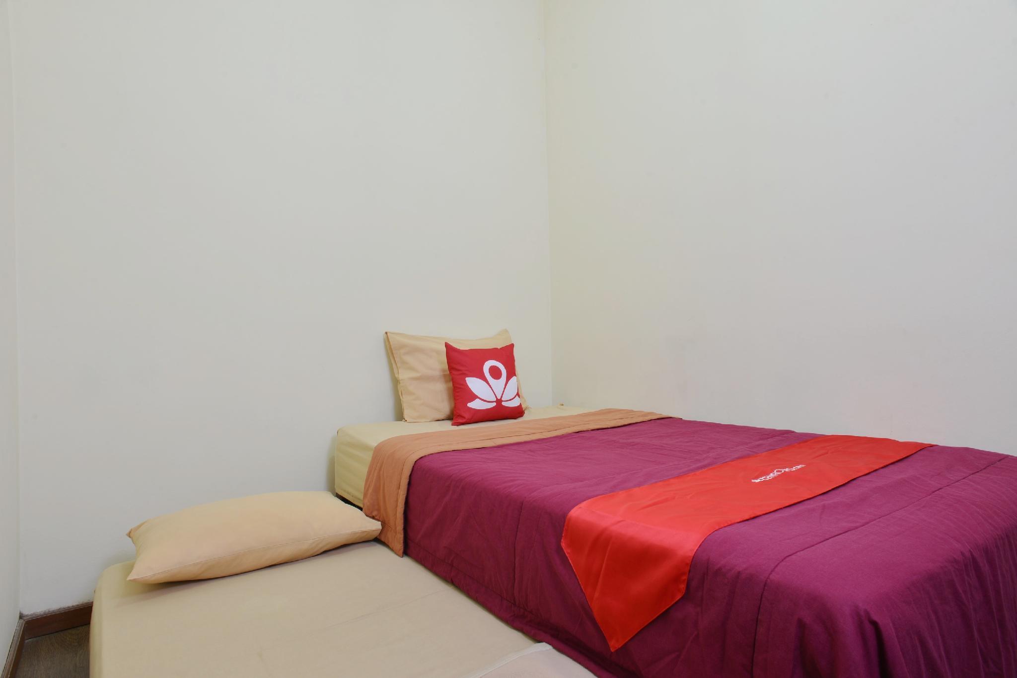 ZEN Rooms Anggrek Loka BSD, Tangerang Selatan