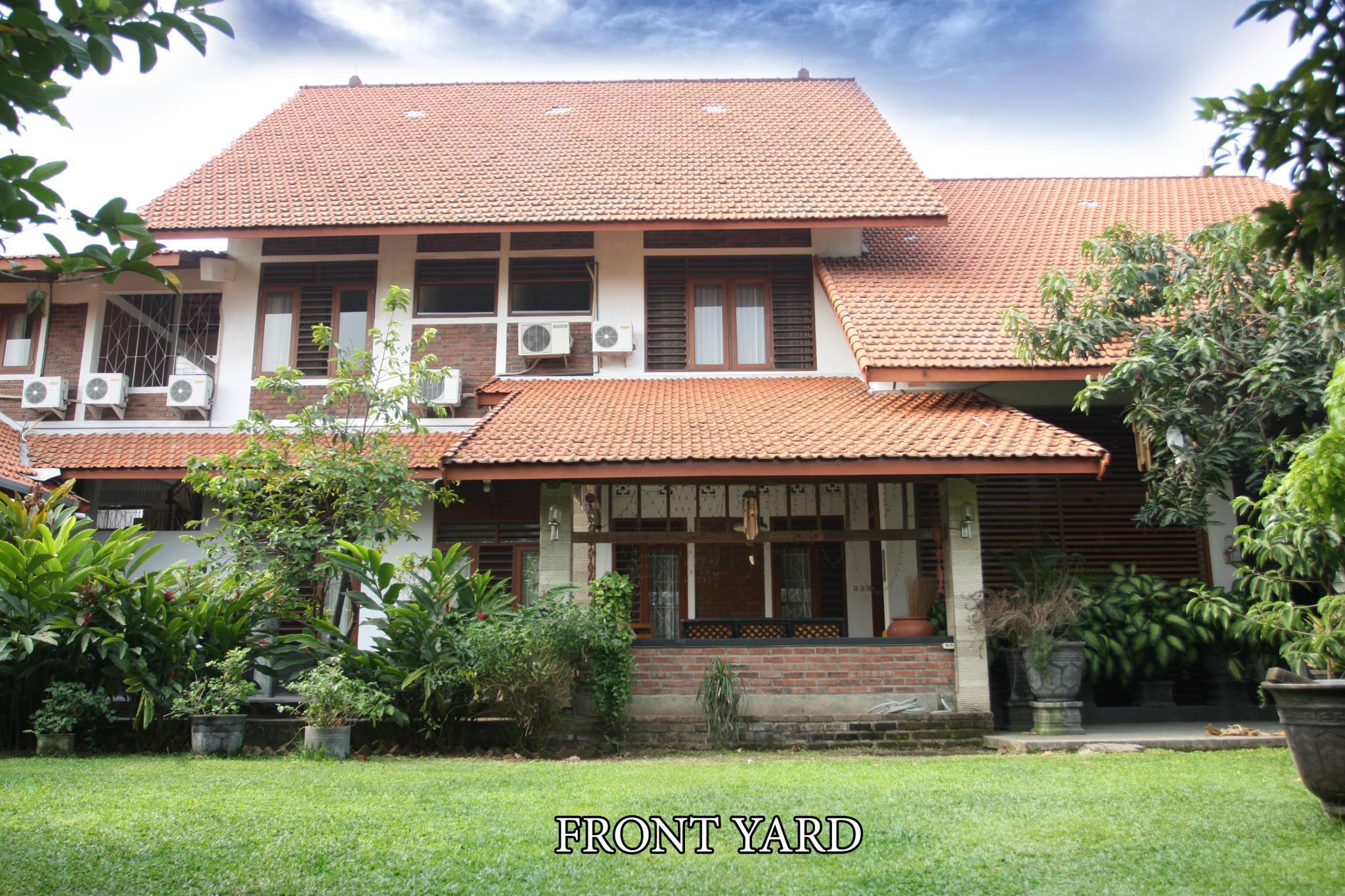 Pakis Homestay, Surabaya