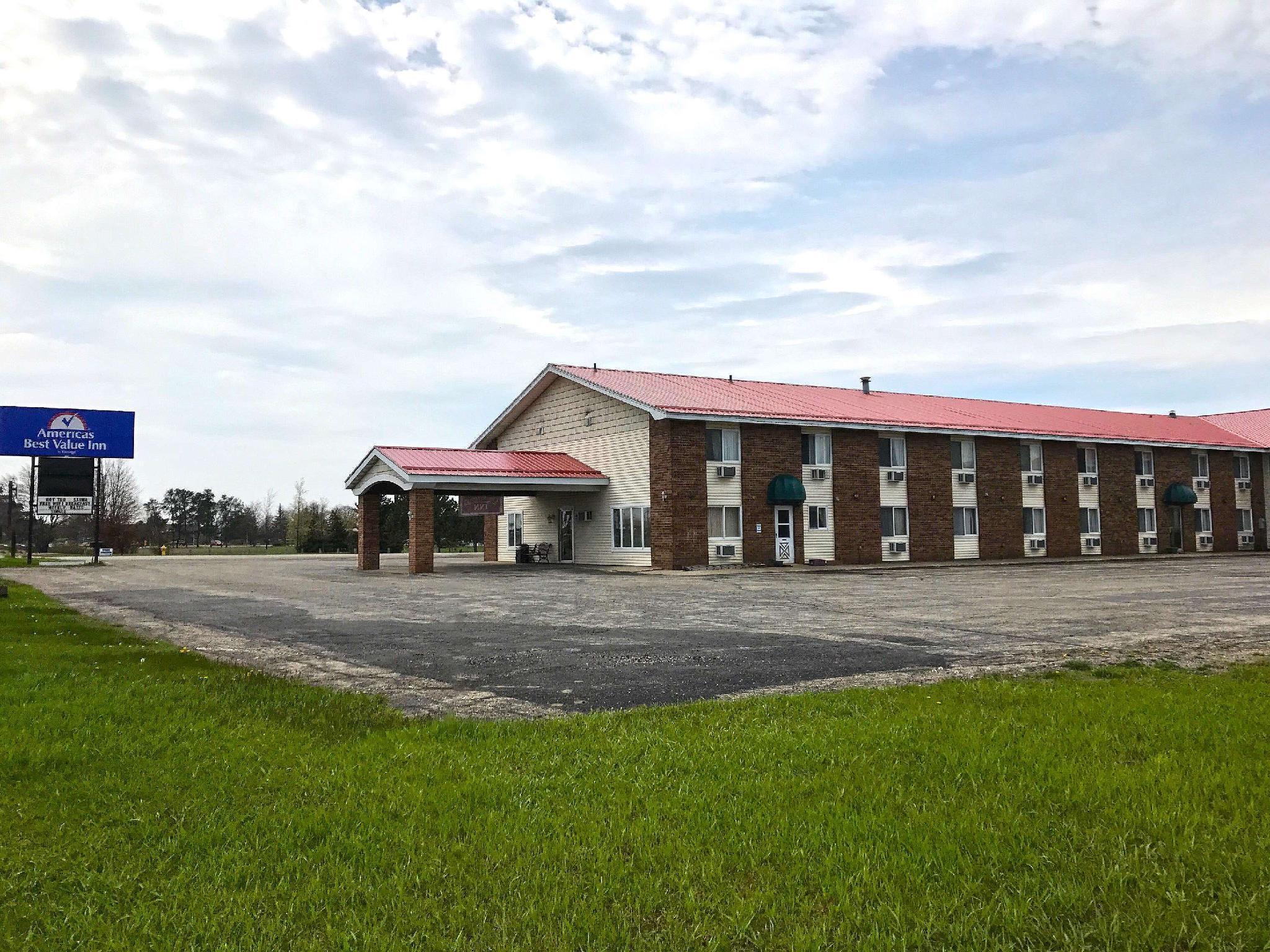 Econo Lodge Inn & Suites, Delta