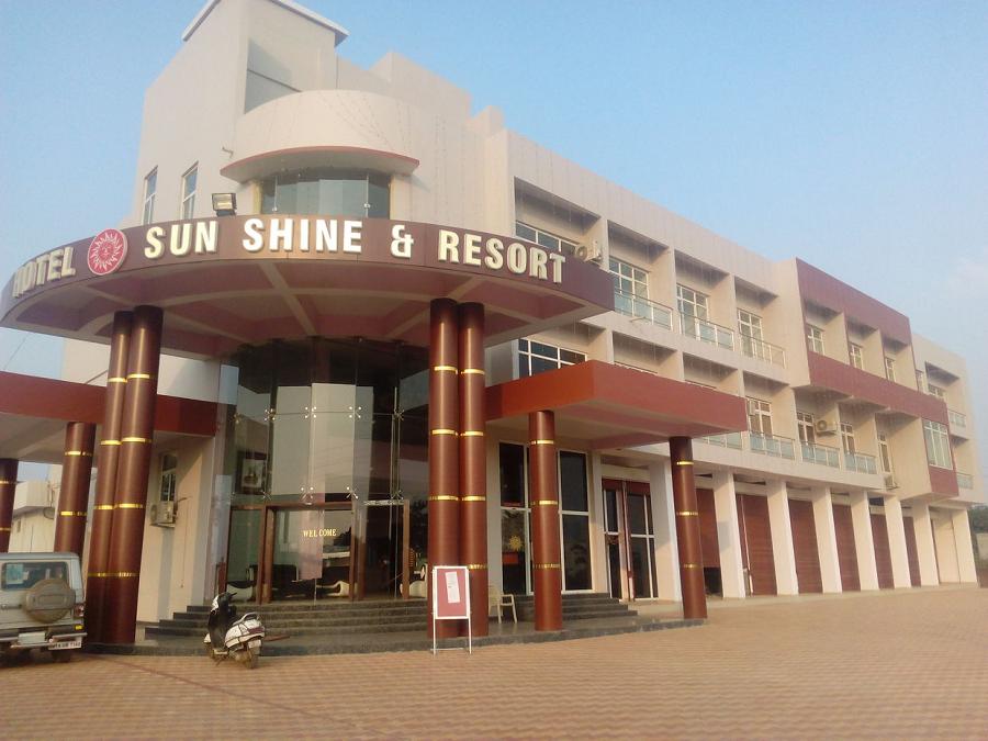 Hotel Sun Shine & Resort, Satna