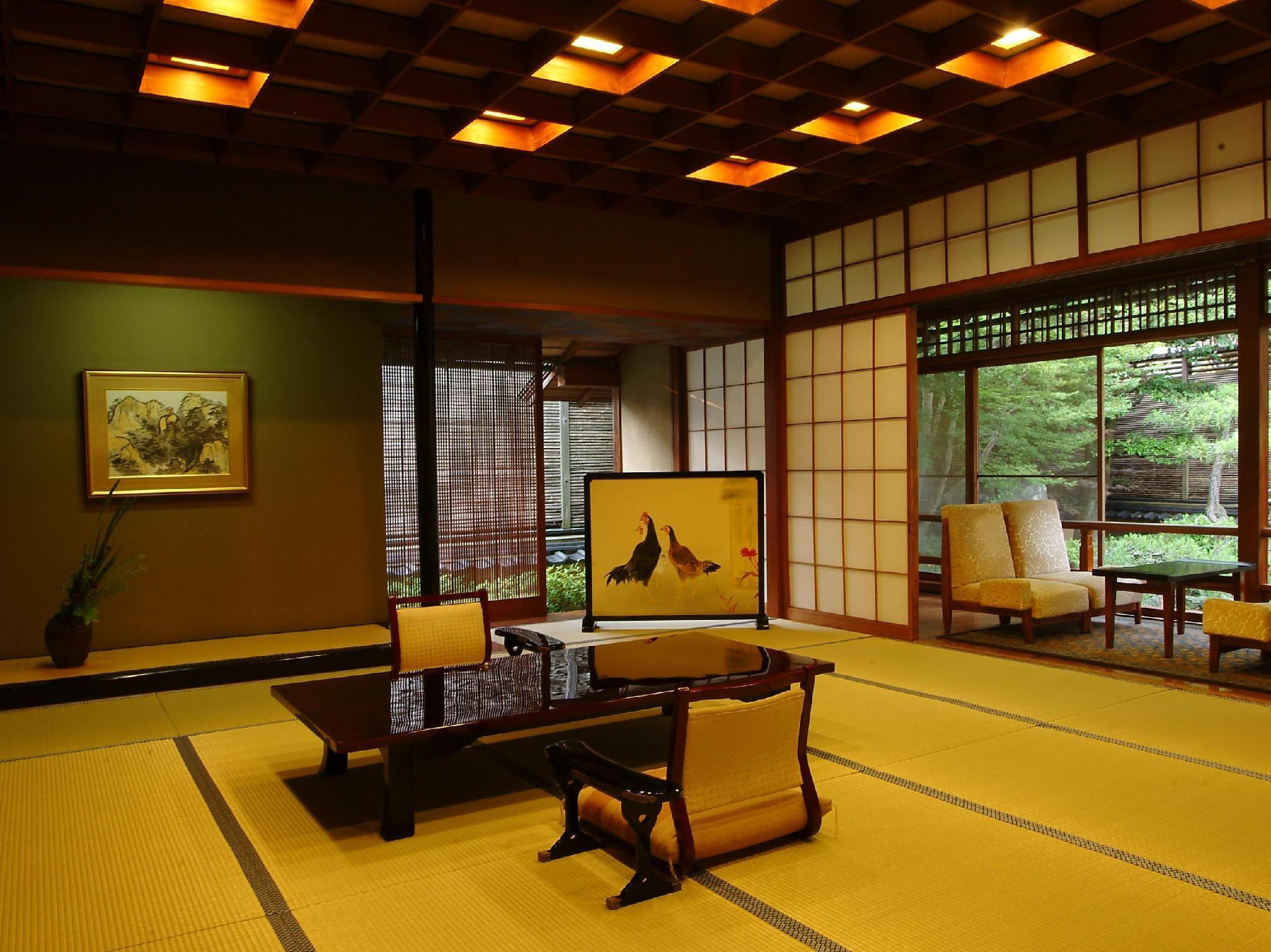 http://pix6.agoda.net/hotelImages/222/222153/222153_14062815560020079780.jpg