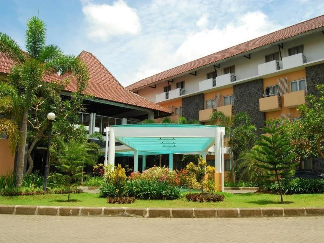 Book University Hotel Jogja Yogyakarta, Indonesia : Agoda.com