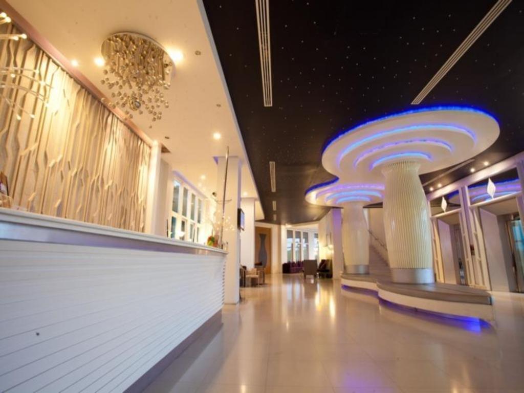 プラジャクトラ デザイン ホテル3