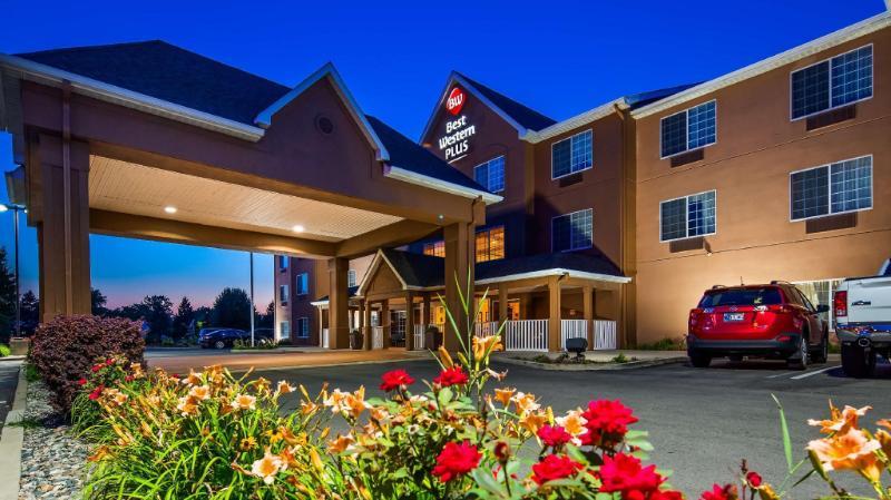 最佳西方PLUS韋恩堡北套房飯店