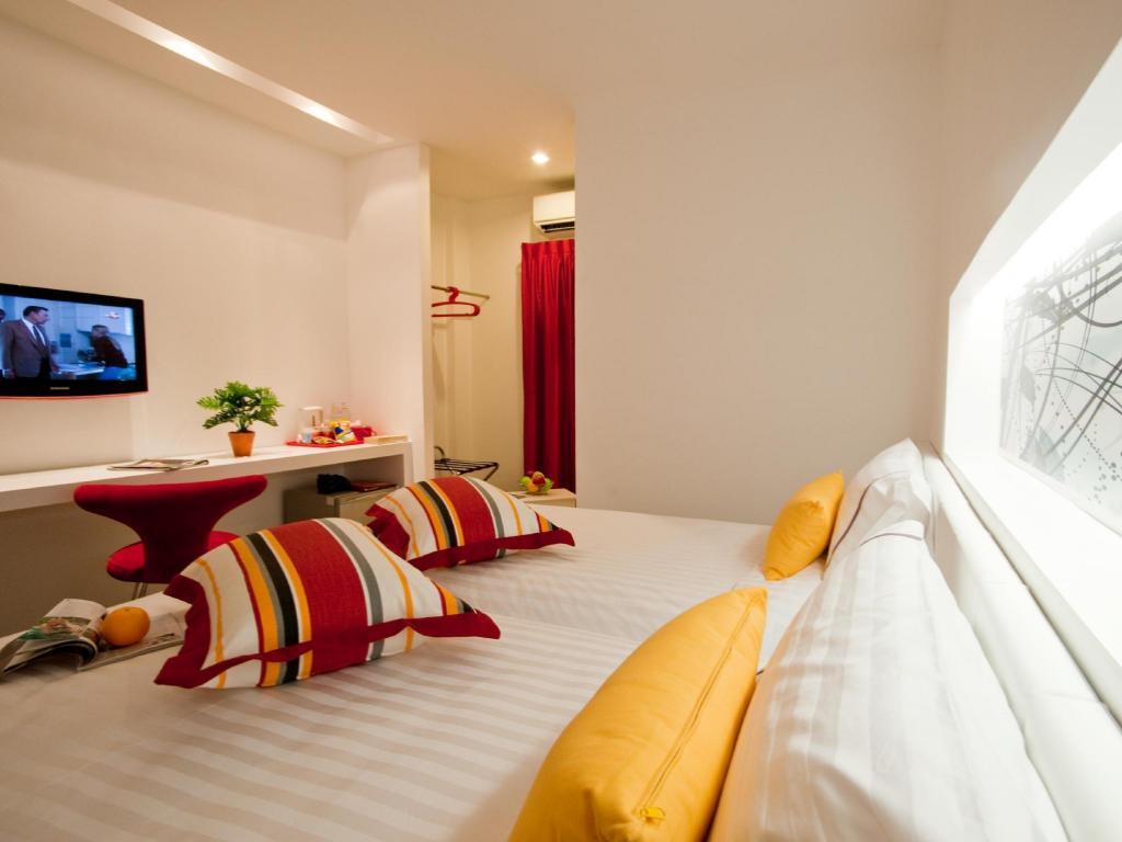 ザ ギャラリー ホテル13