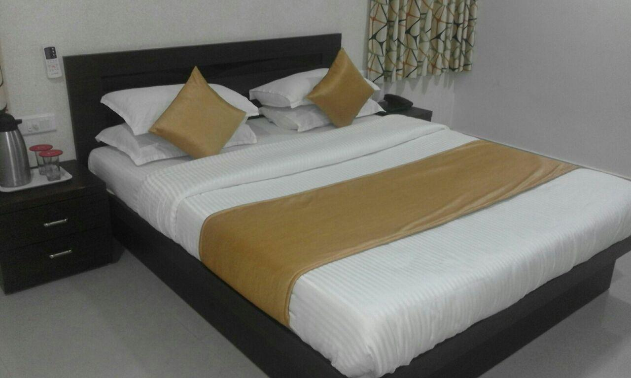 Hotel Royal Hill, Gandhinagar