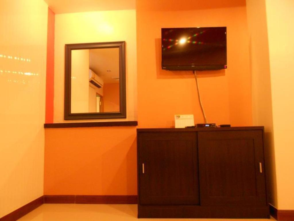 B.S コート ホテル3