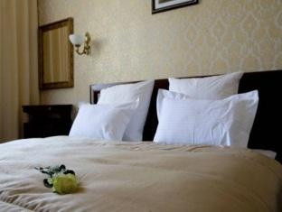 Gostiny Dvor Hotel
