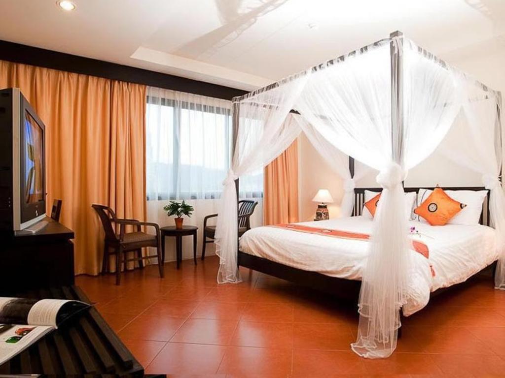 ラデブア ホテル1