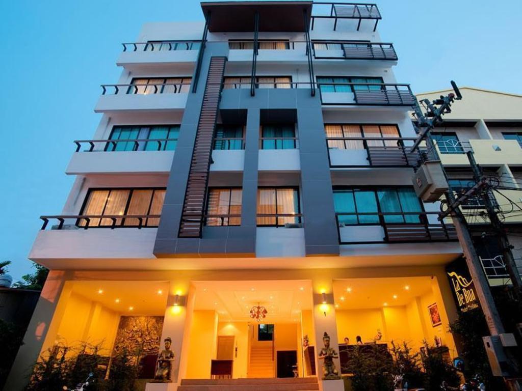 ラデブア ホテル4