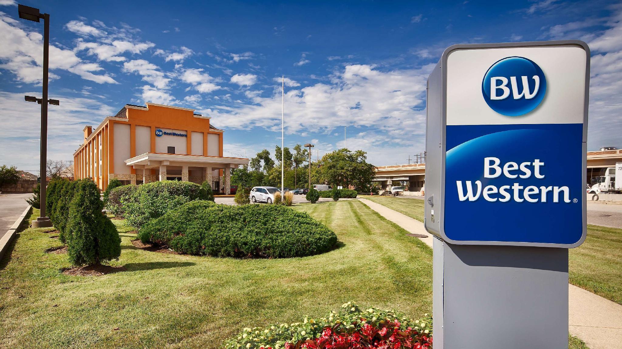 Best Western O'Hare/Elk Grove Hotel, Cook