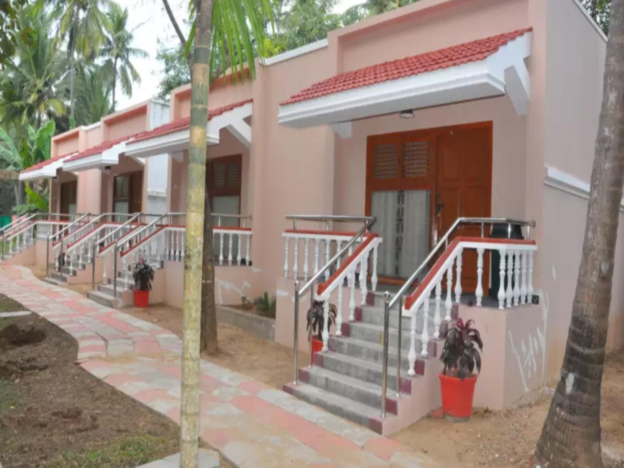 Hotel Sadhabishegam Ramalinga vilas - Manakudi Village, Thanjavur
