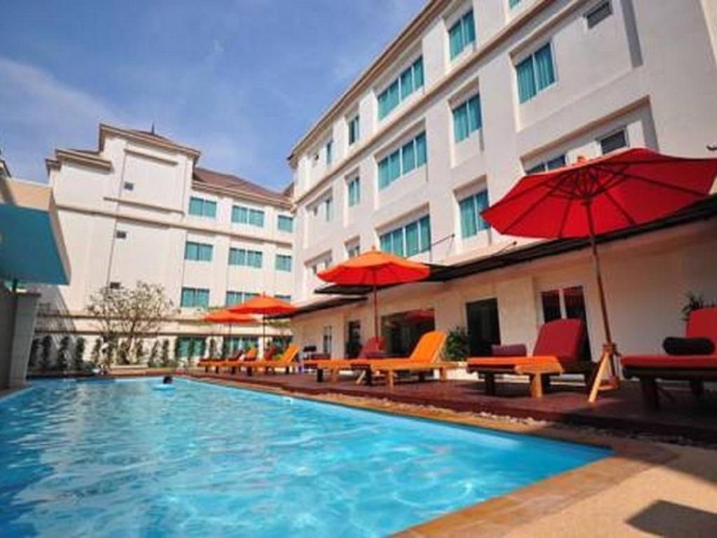 アヴィオン アパート ホテル2