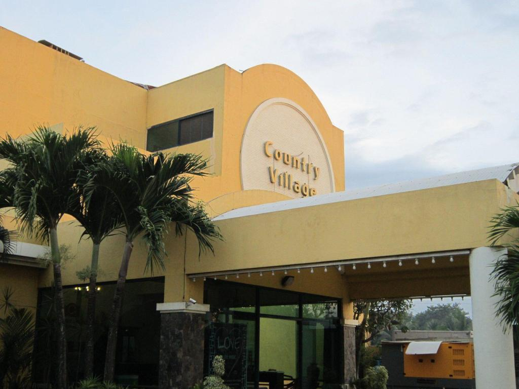 Best Price On Country Village Hotel In Cagayan De Oro
