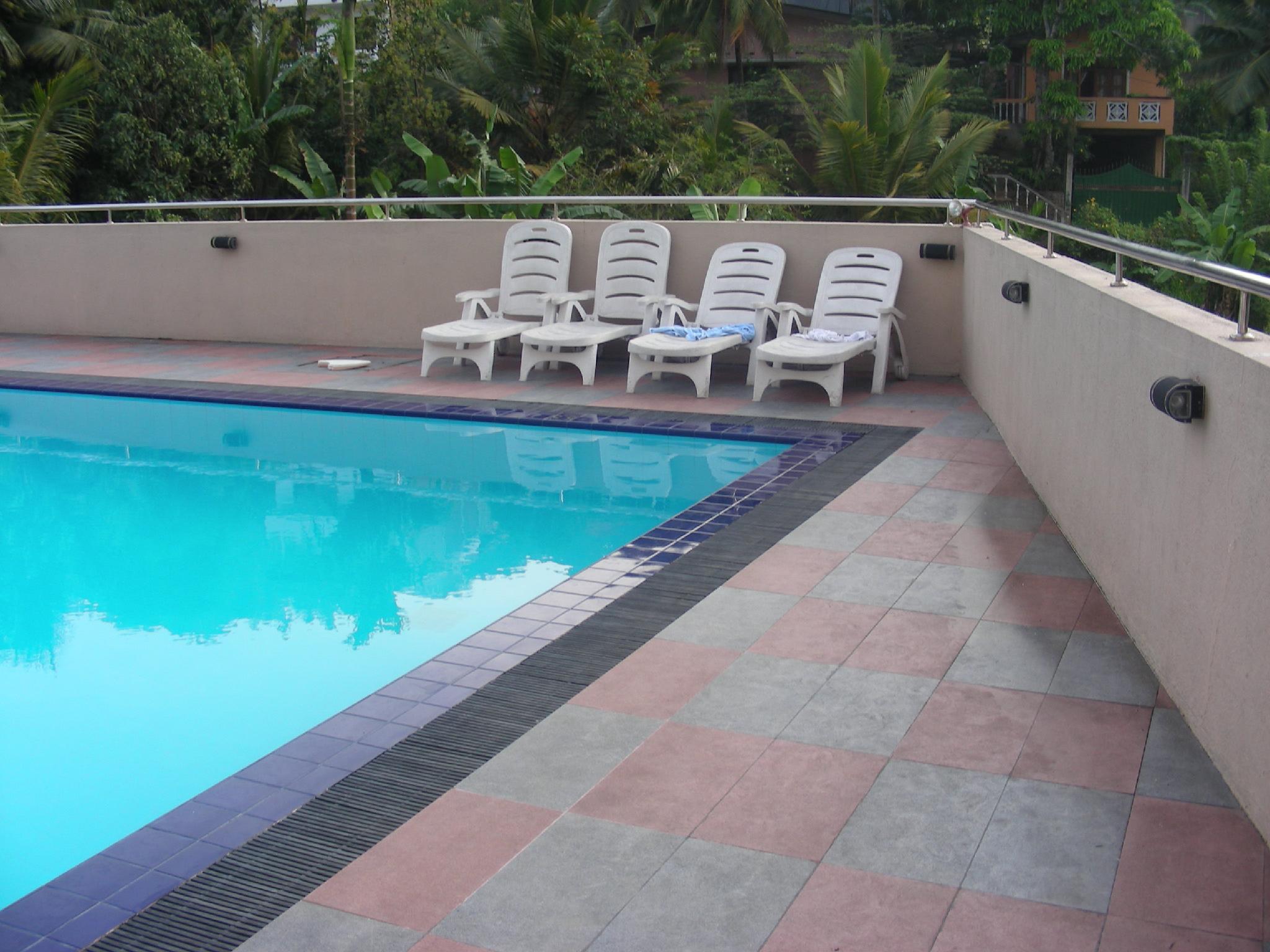 Devon Hotel Kandy Kandy Central Sri Lanka Hotels Hotel Reservations For Hotels In Sri