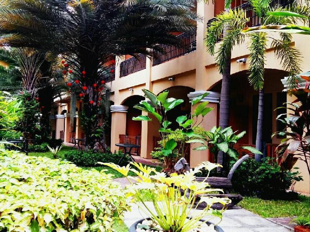 ピーマン ガーデン ホテル17