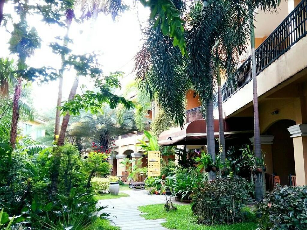 ピーマン ガーデン ホテル13