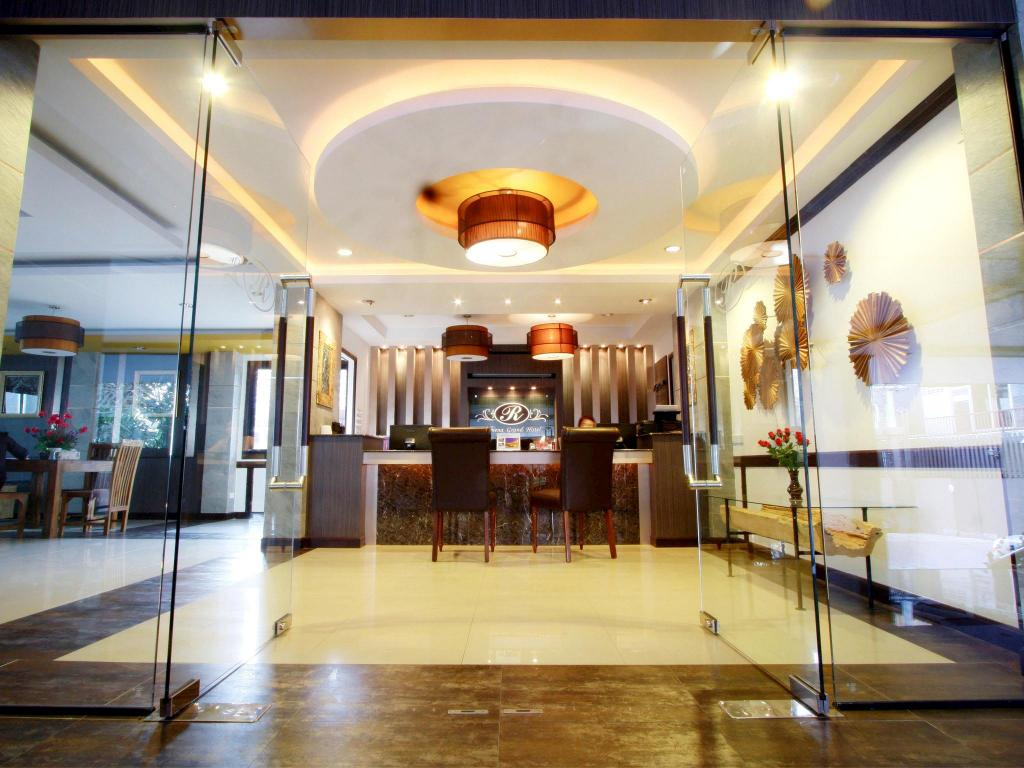 ロメナ グランド ホテル6