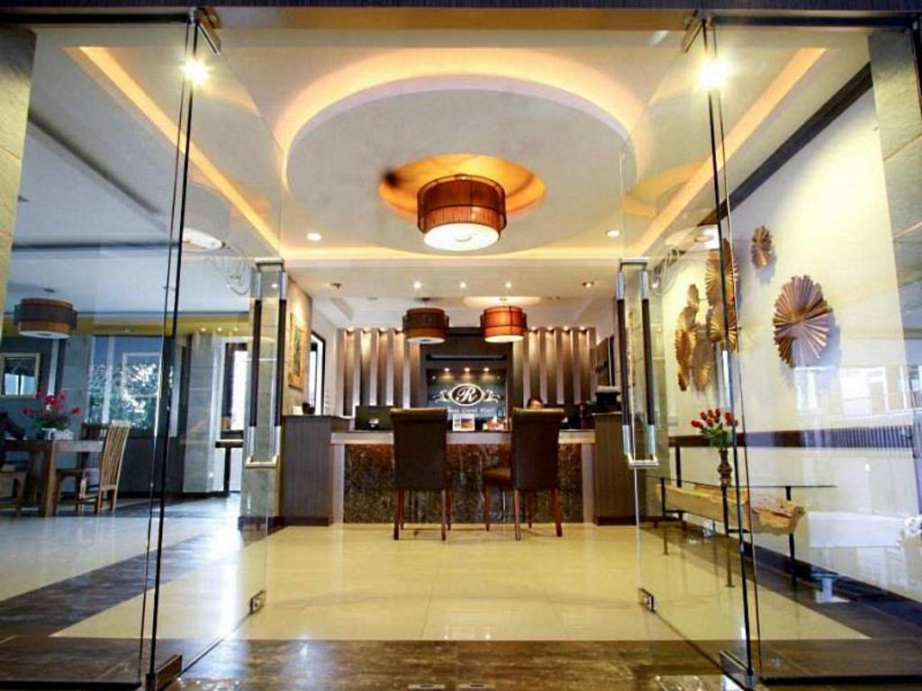 ロメナ グランド ホテル15