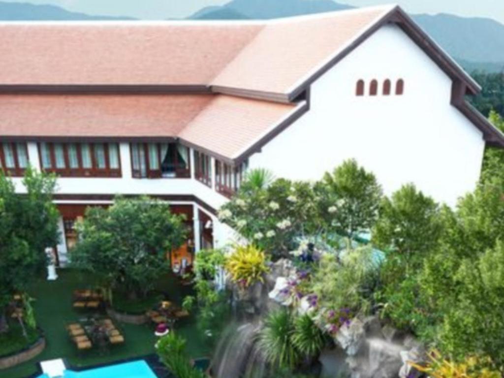 コドカスリ タニ ホテル10