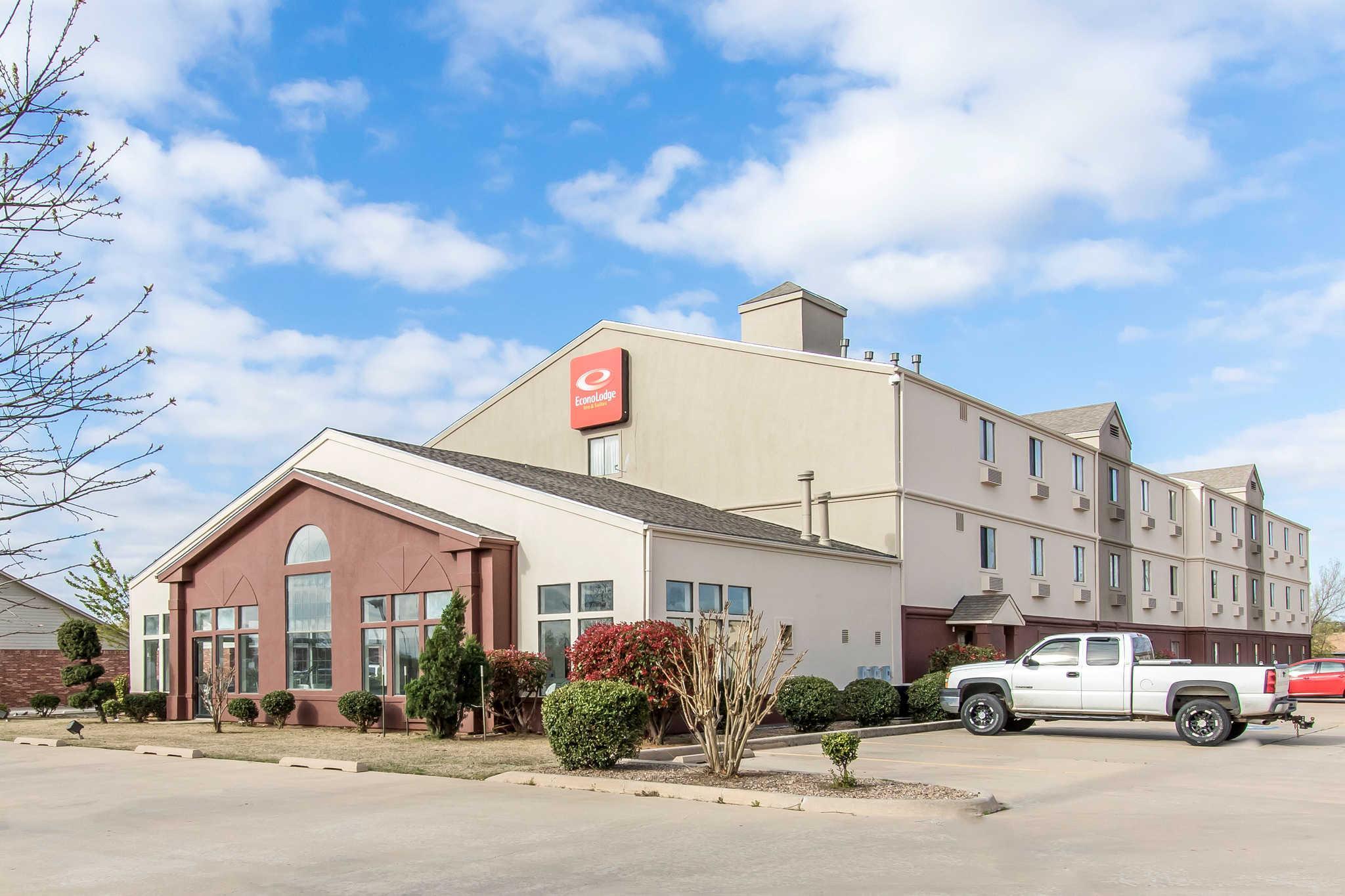 Econo Lodge Inn & Suites, Cleveland