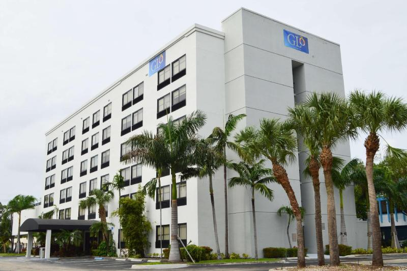 GLO Best Western Ft. Lauderdale-Hollywood Airport Hotel