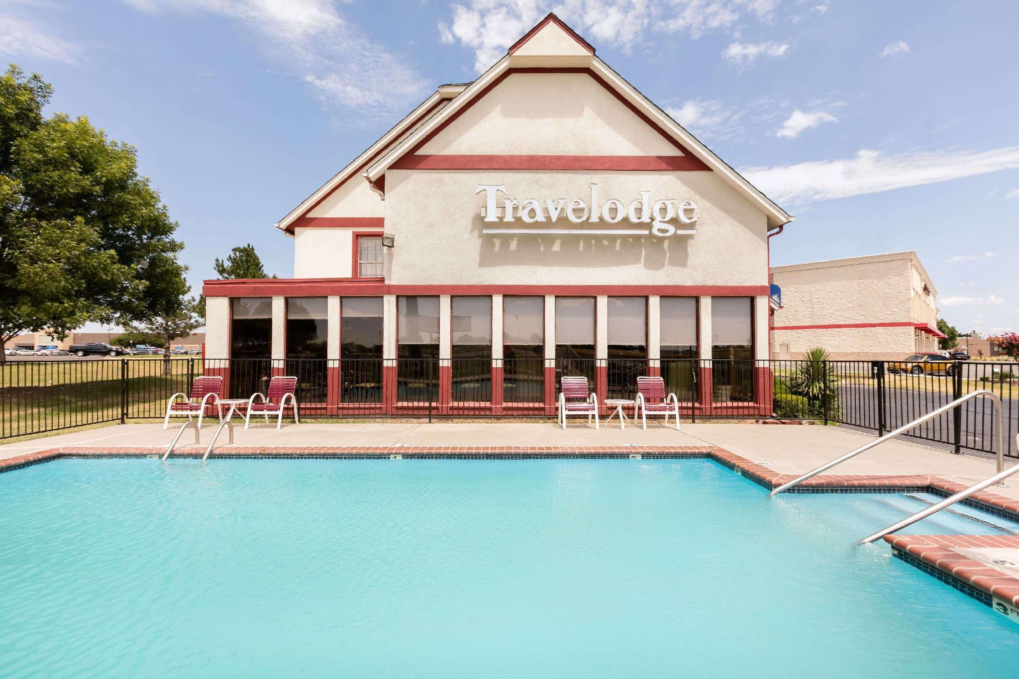 Travelodge by Wyndham Norman, Cleveland