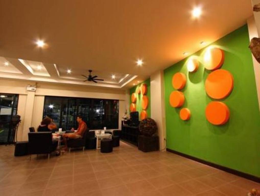 オレンジ ツリー ハウス3