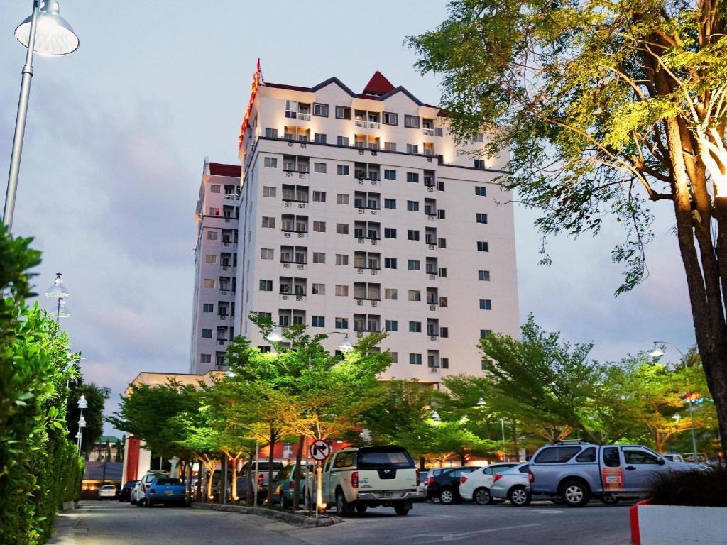 ラヨーン シティ ホテル1
