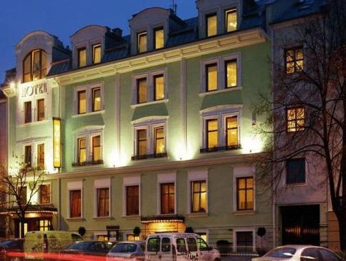 Hotel Pod Zlota Róza