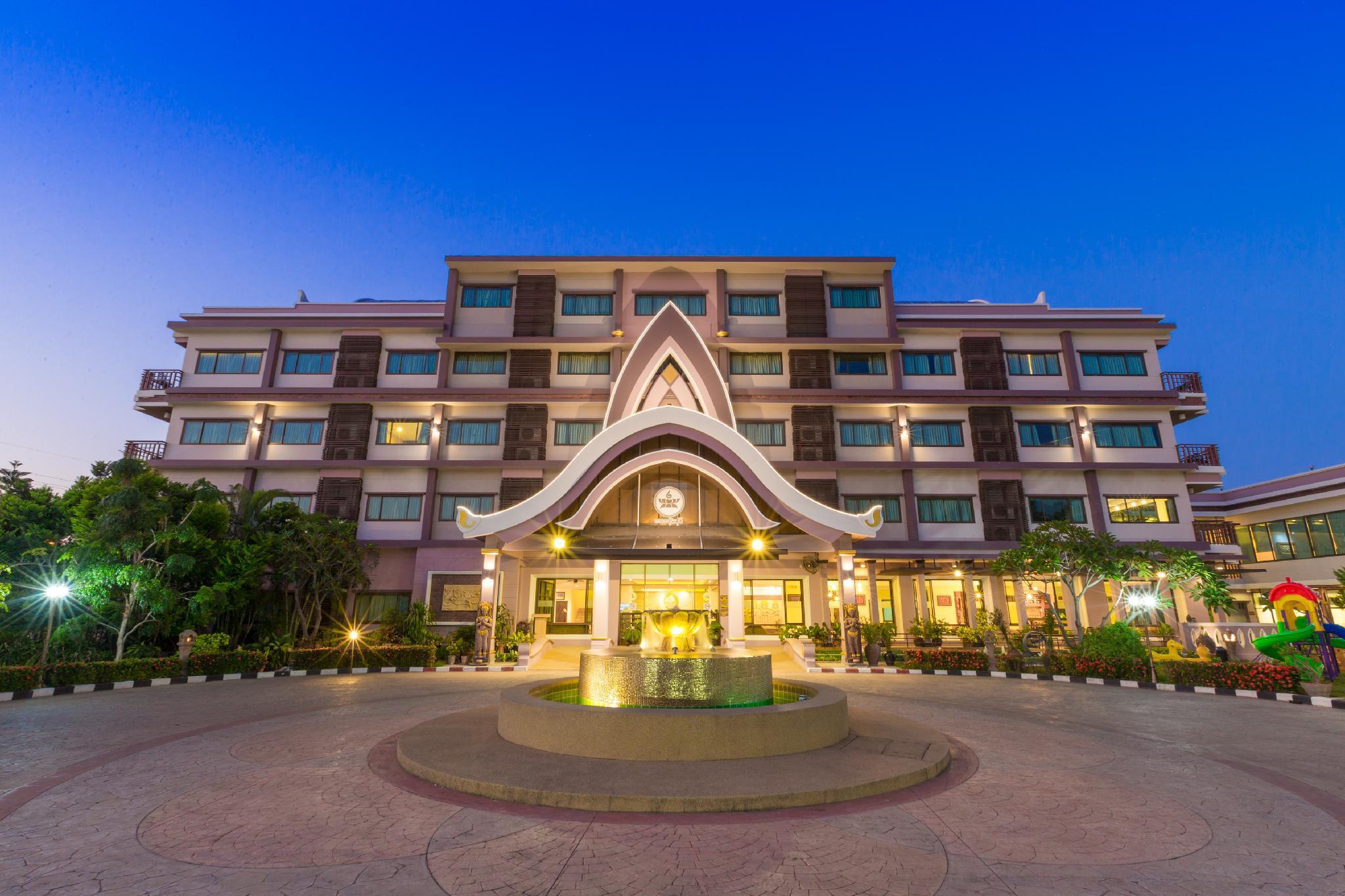 Phanomrungpuri Hotel, Nang Rong