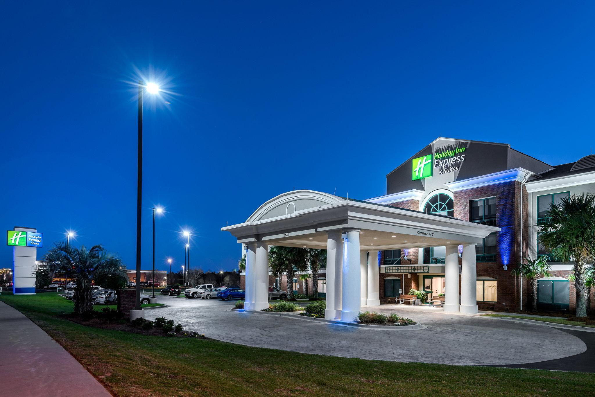Holiday Inn Express Hotel & Suites Florence Civic Center, Florence