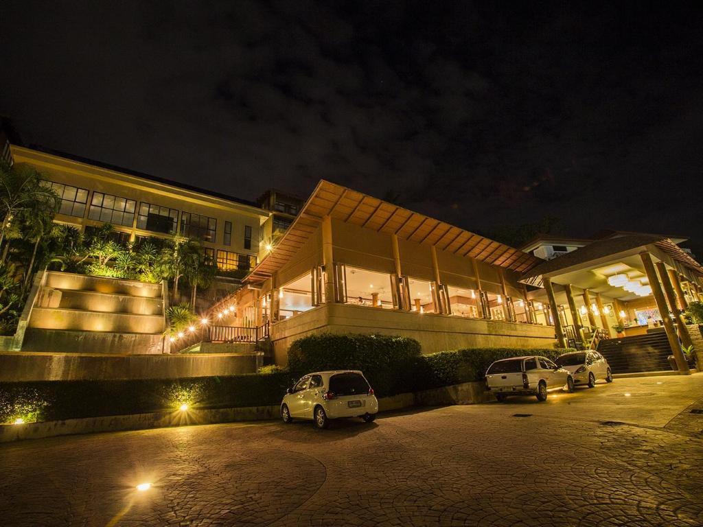 カロン プナカ リゾート & スパ12