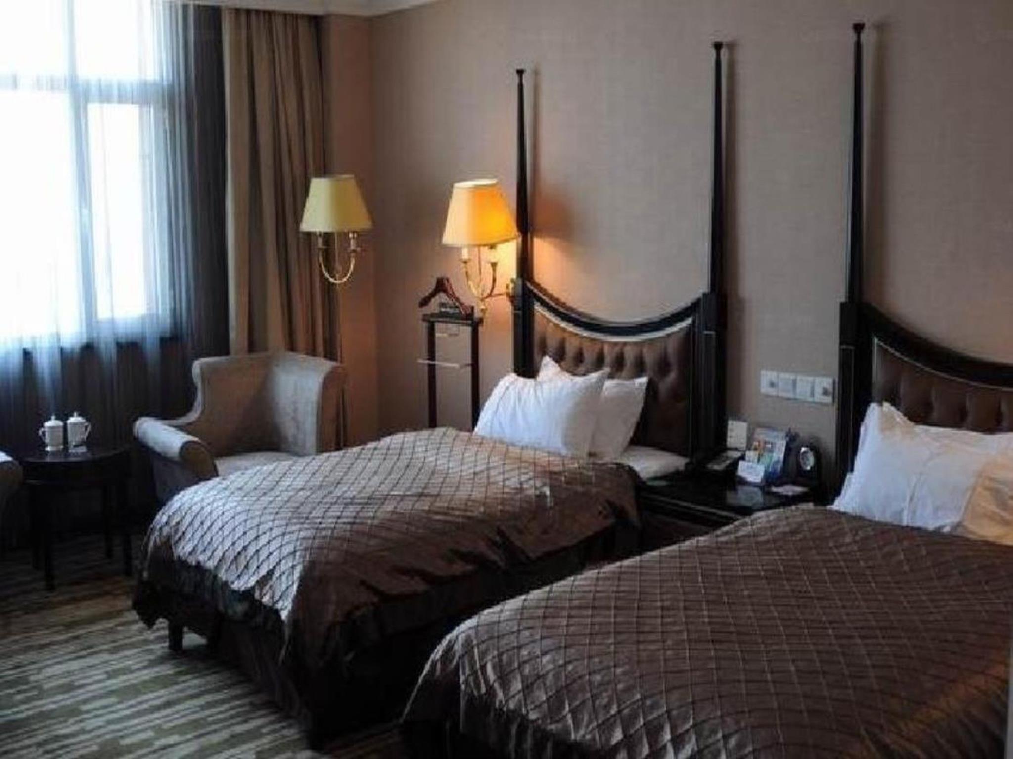 青岛多瑙河国际大酒店 (qingdao danube international hotel)