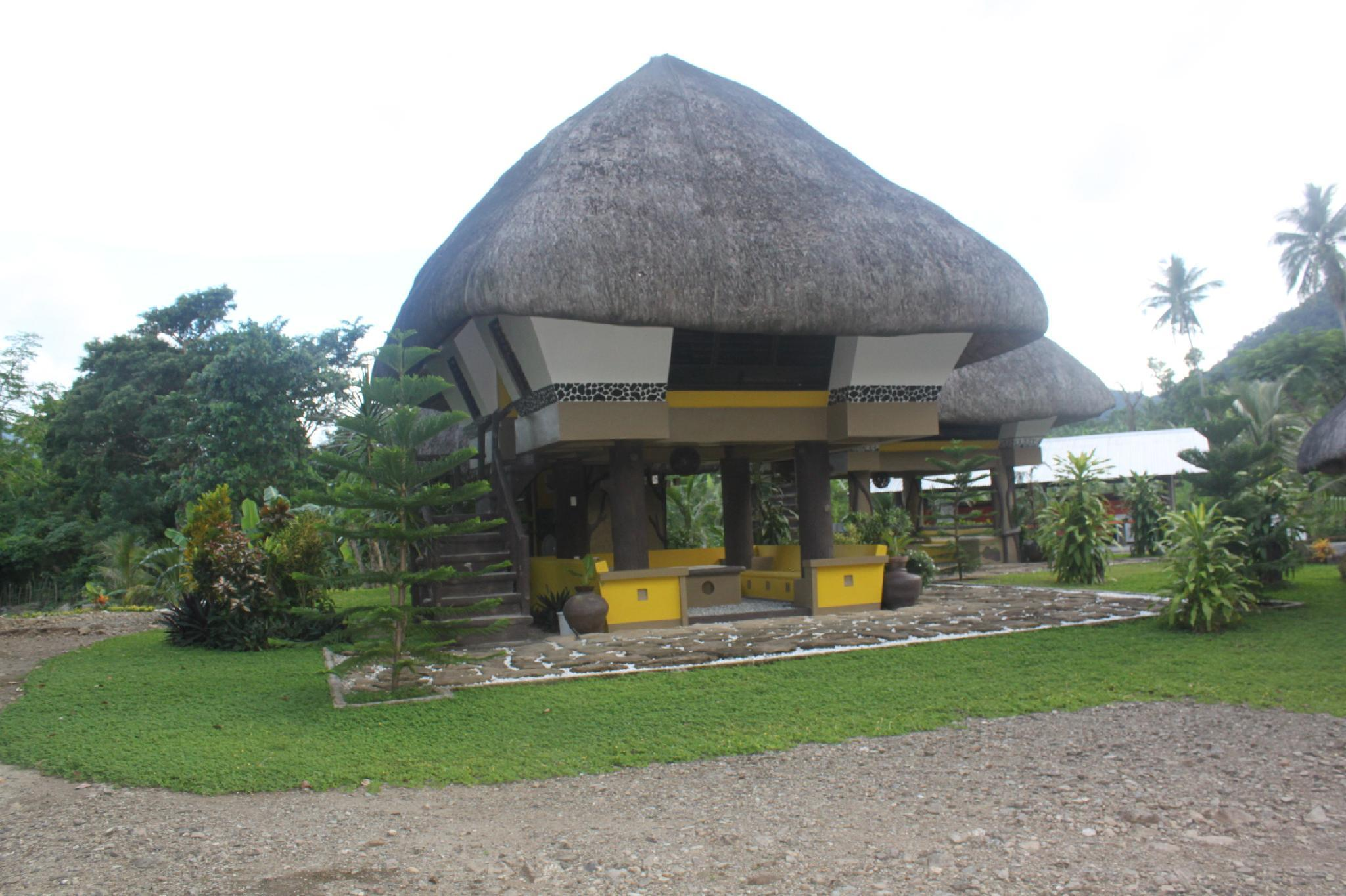 Urban Nest Lodge Bar and Grill, Pagudpud