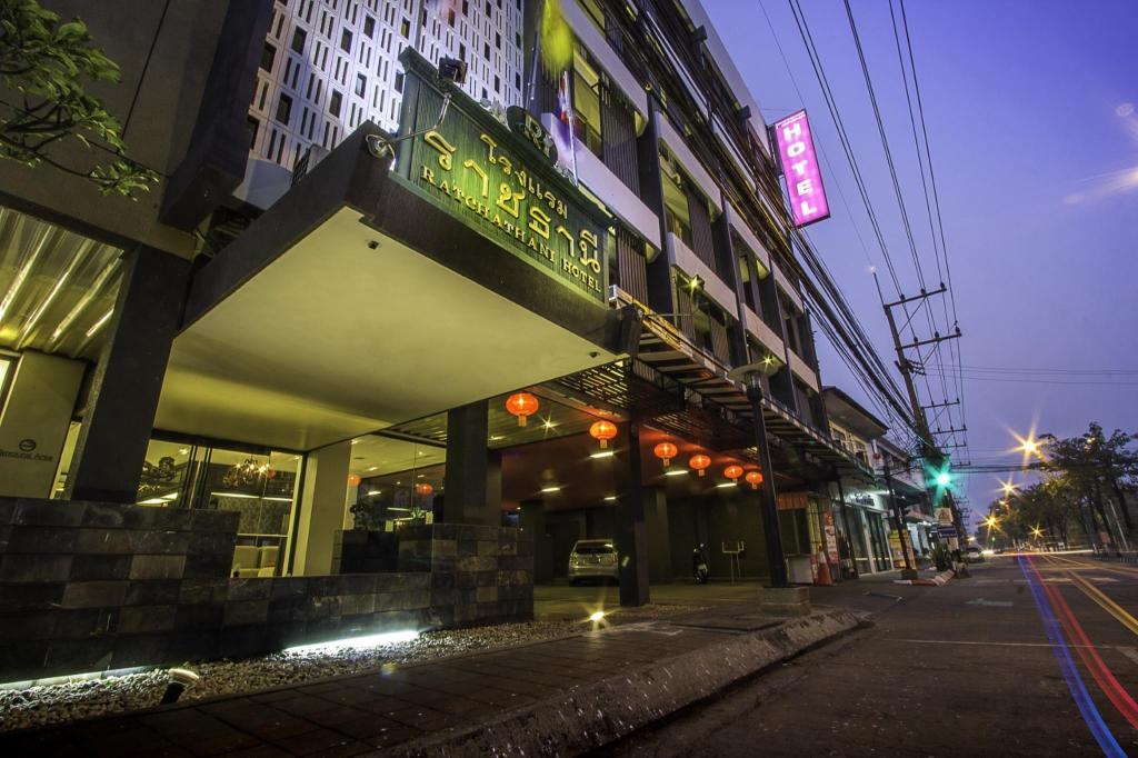 ザ ラーチャタニ ホテル1