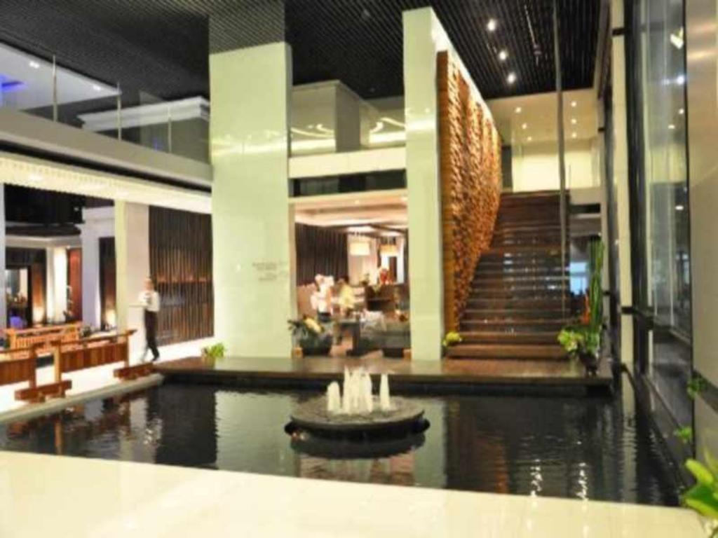スニー グランド ホテル & コンヴェンション センター2