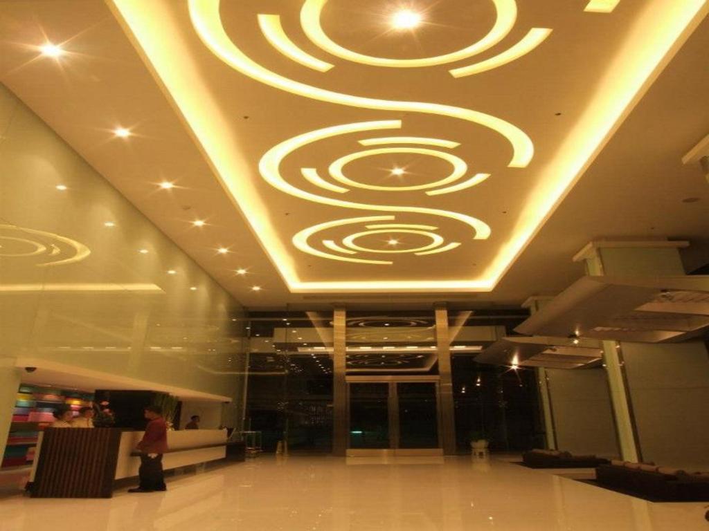 スニー グランド ホテル & コンヴェンション センター3
