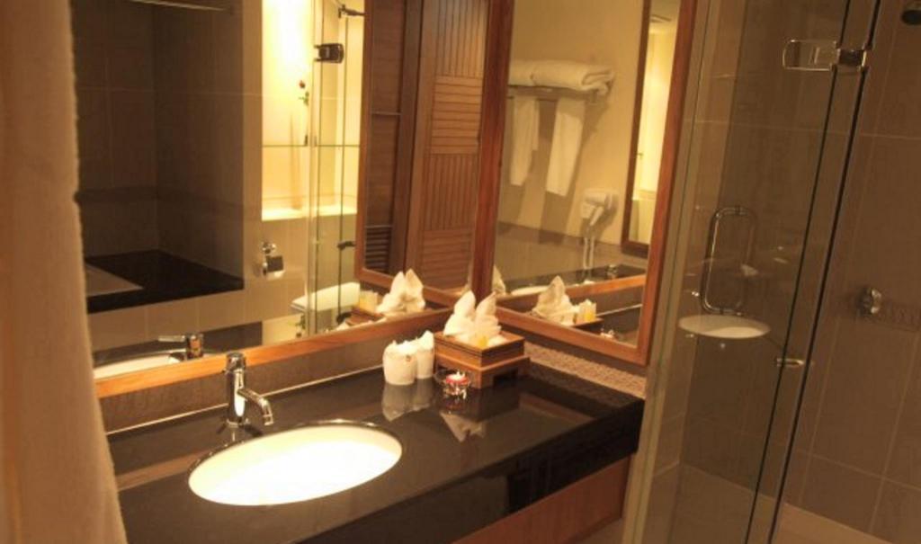 スニー グランド ホテル & コンヴェンション センター17