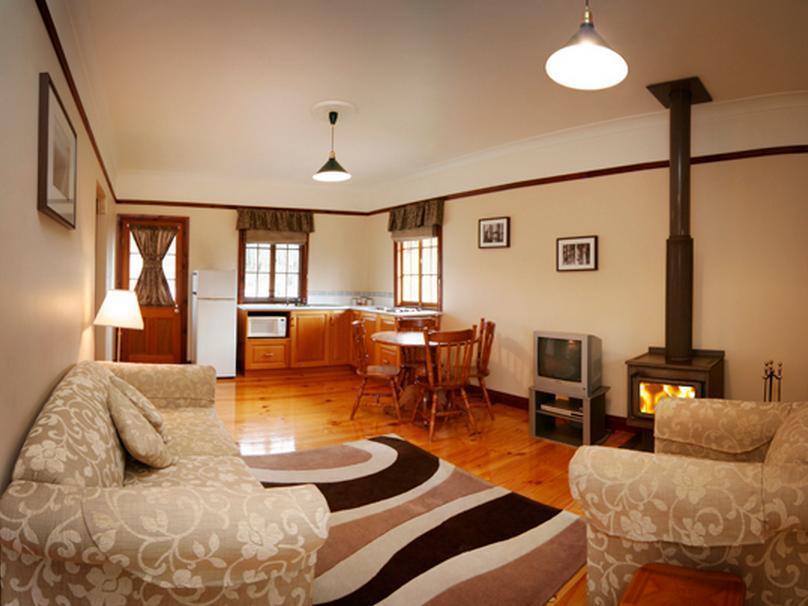 Cypress Ridge Cottages, Stanthorpe