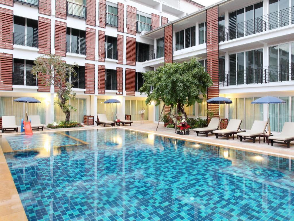 パラダイス ホテル ウドンタニ1