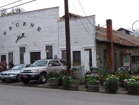 GRUENE RIVER INN - BED AND BREAKFAST - ADULTS ONLY, Comal