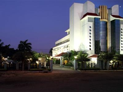 Grand Palace Stay, Cuddalore