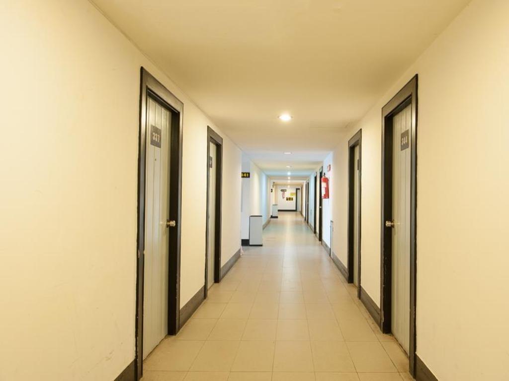 セガテナコーン ホテル3