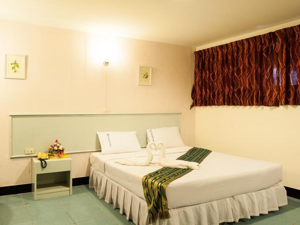 セガテナコーン ホテル7