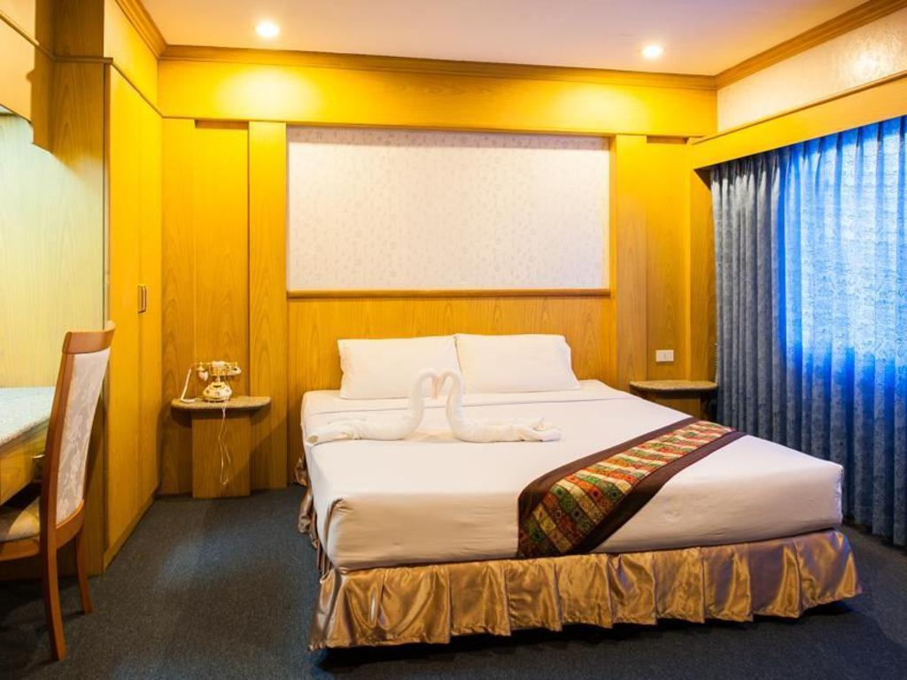 セガテナコーン ホテル8