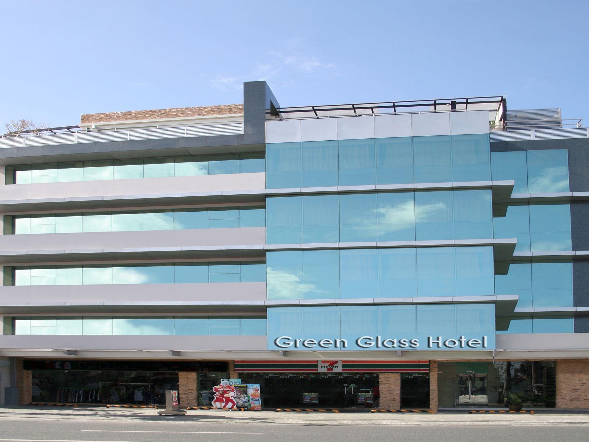 The Green Glass Boutique Hotel, Calamba City