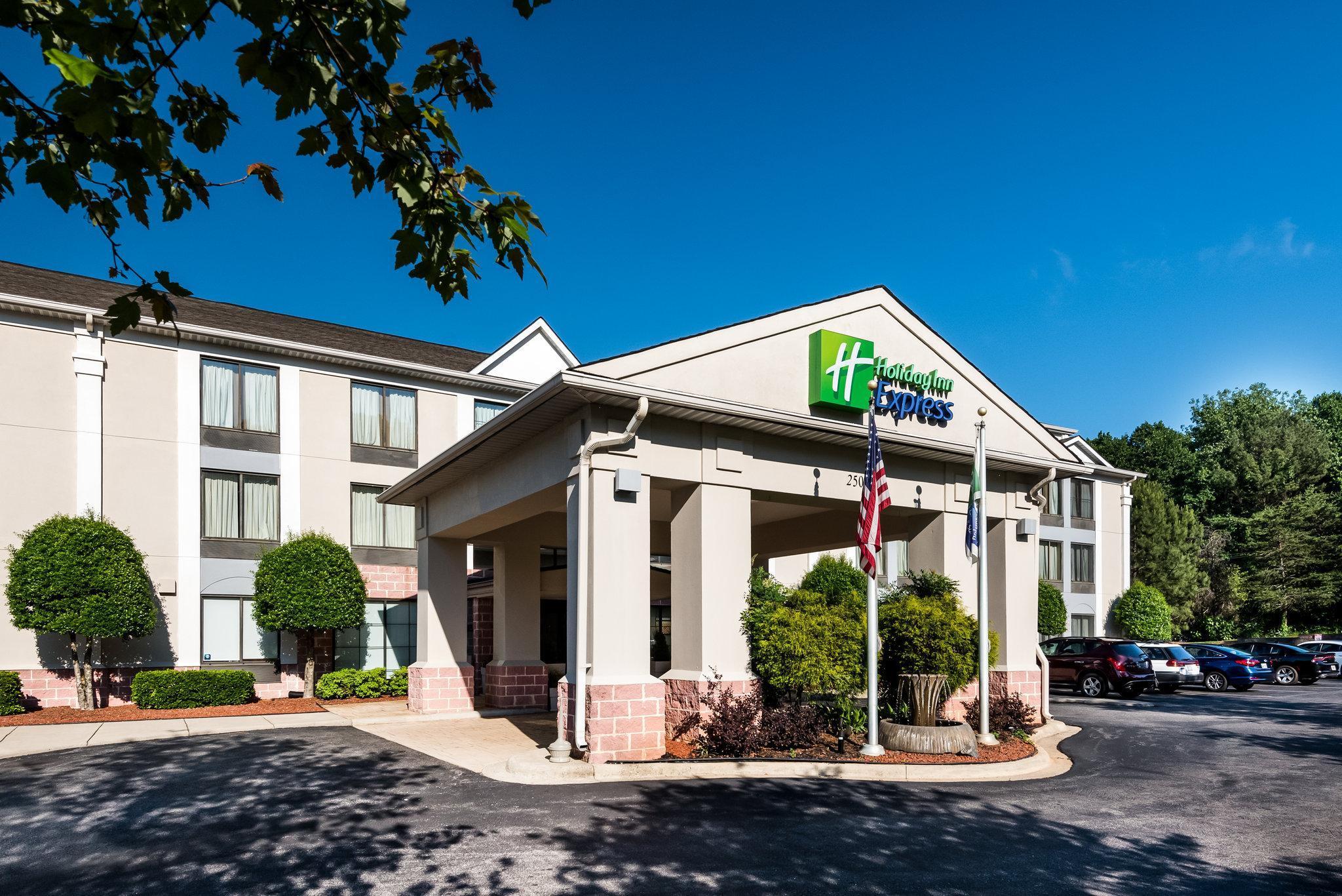 Holiday Inn Express Hotel & Suites Charlotte Arpt-Belmont, Gaston