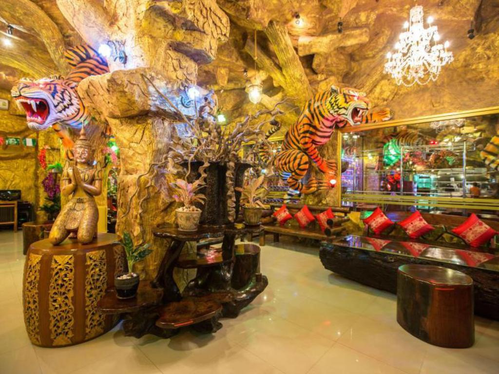 タイガー ホテル3
